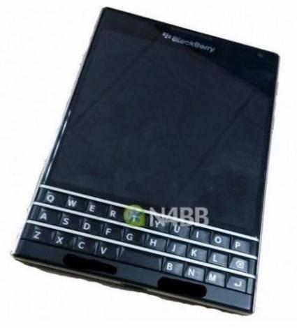 Рассекречен новейший BlackBerry Q30