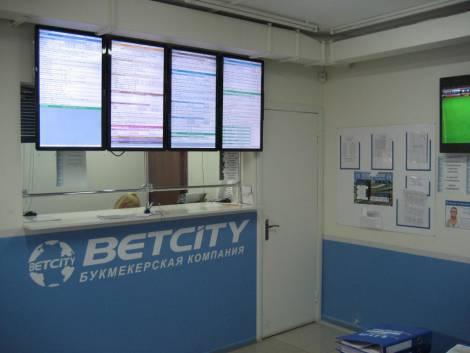 Фотография павильона № 2 на Бибиревском радиорынке